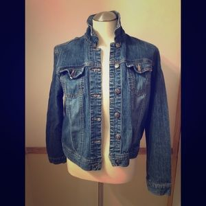 Roots Jean Jacket in perfect condition!!